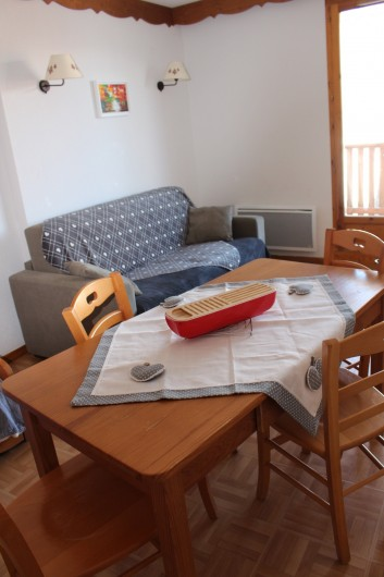 Location de vacances - Appartement à Puy-Saint-Vincent - Le coin canapé 2 places