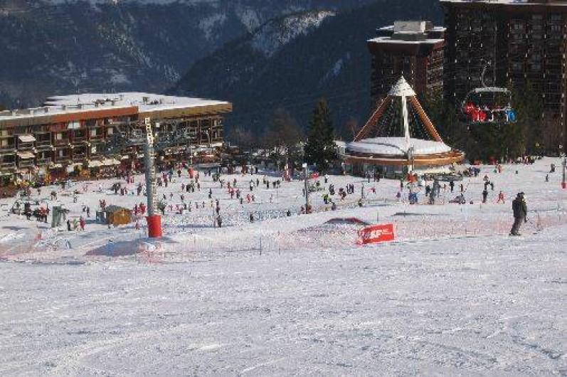 Location de vacances - Appartement à Le Corbier - Front de neige