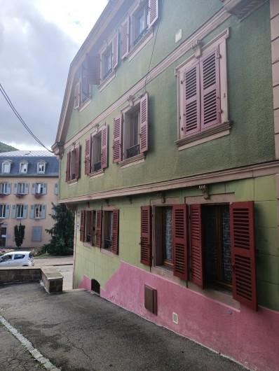 Location de vacances - Chambre d'hôtes à Sainte-Marie-aux-Mines - Bienvenue à l 'ESCALE des MINES,  France et Eric, Vous y accueillent .