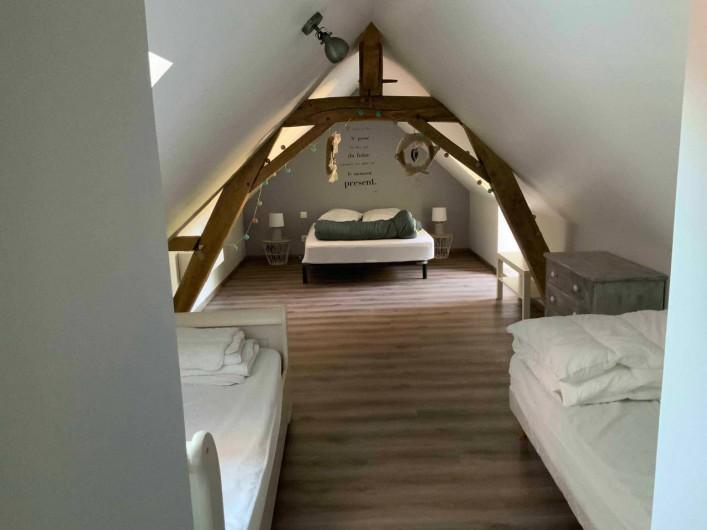 Location de vacances - Gîte à Seigy - Chambre 3 lit double avec 2 lits simple