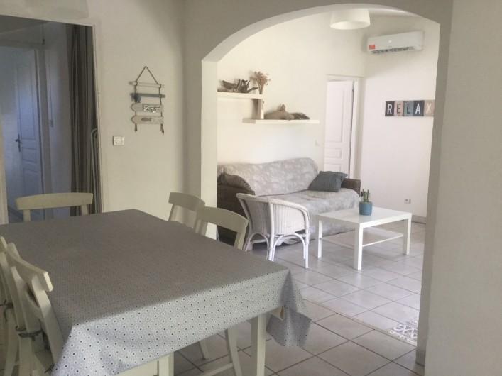 Location de vacances - Villa à Frontignan - salle à manger salon