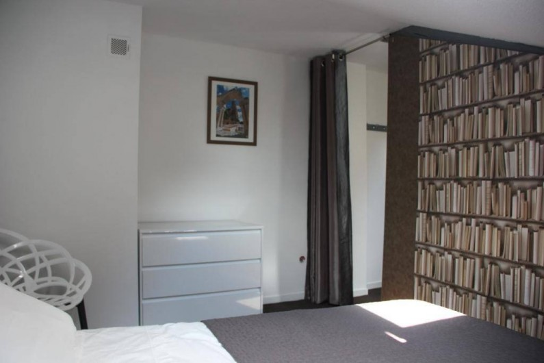 Location de vacances - Gîte à Albi - Chambre avec lit en largeur 160 cm