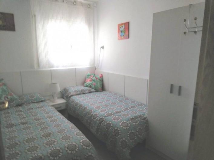 Location de vacances - Villa à Cambrils - Terrasse appartement 1 avec vue piscine