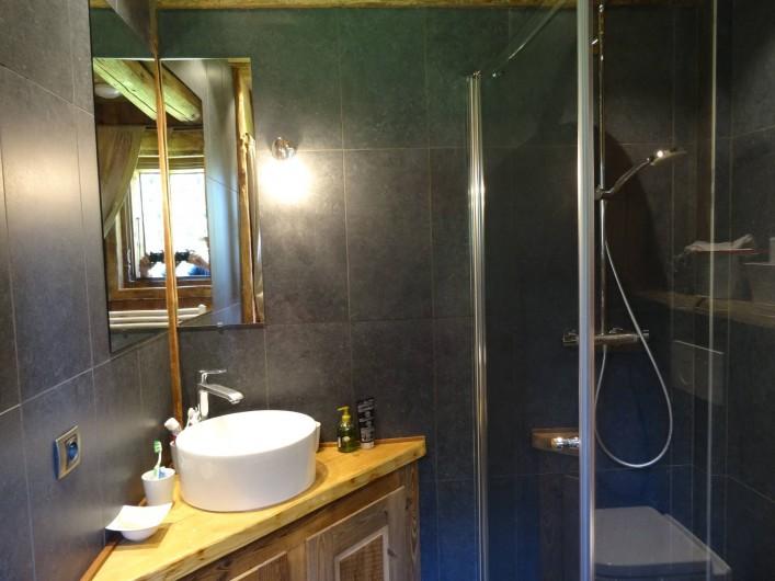 Location de vacances - Chalet à Les Gets - douche 2