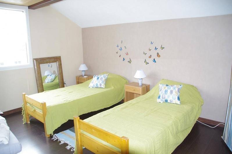 Location de vacances - Chambre d'hôtes à Grayan-et-l'Hôpital - Chambre Château La Lagune.  2 lits de 90
