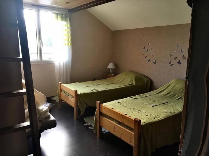 Location de vacances - Chambre d'hôtes à Grayan-et-l'Hôpital - Chambre Château La Lagune comprenant en plus une mezzanine couchage d'appoint