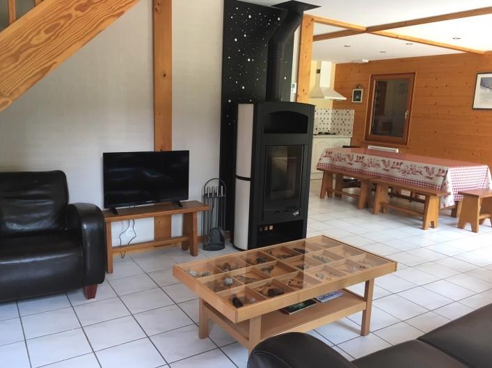 Location de vacances - Chalet à Xonrupt-Longemer - poele a bois GODIN idéal pour l'hiver