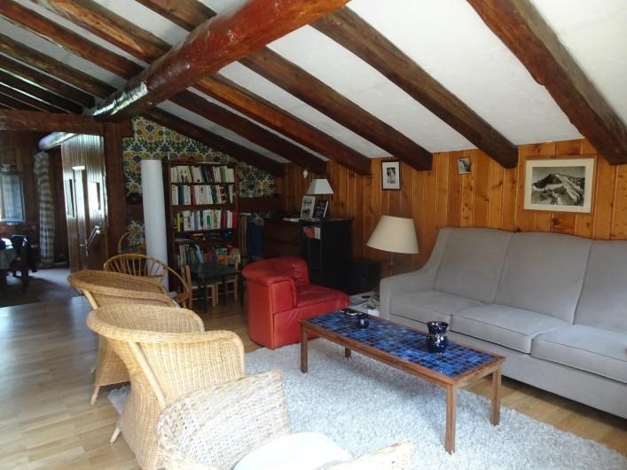 Location de vacances - Chalet à Les Houches - Chambre à un grand lit