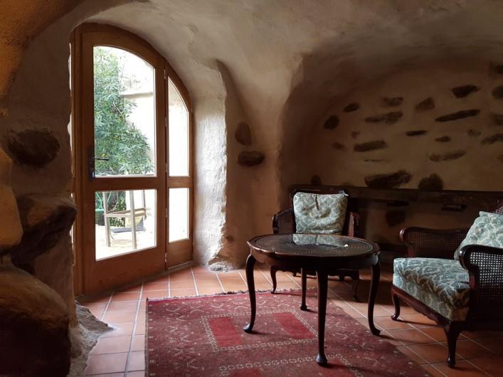 Location de vacances - Gîte à Saint-Vincent-d'Olargues - Petite salon Gîte 3