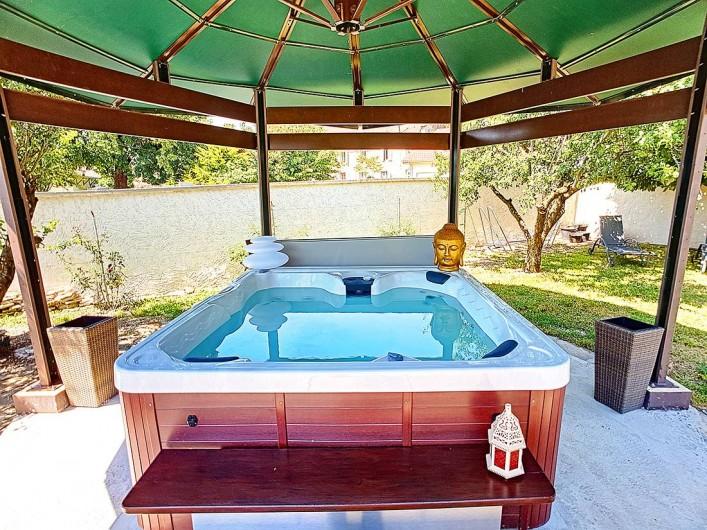 Location de vacances - Appartement à Arandon - COIN JACCUZI