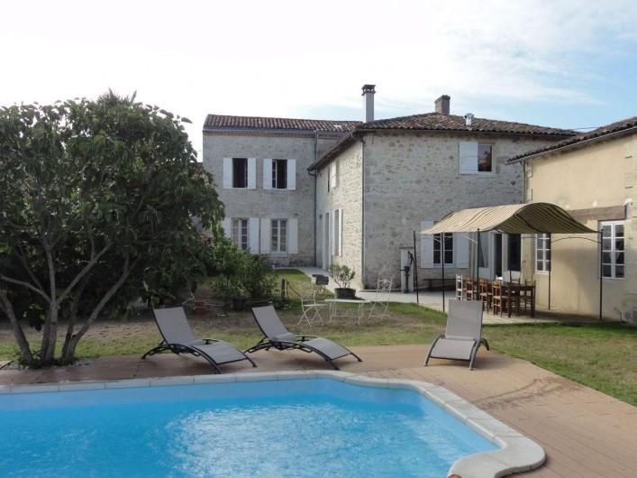 Location de vacances - Chambre d'hôtes à Saint-Yzans-de-Médoc - Maison
