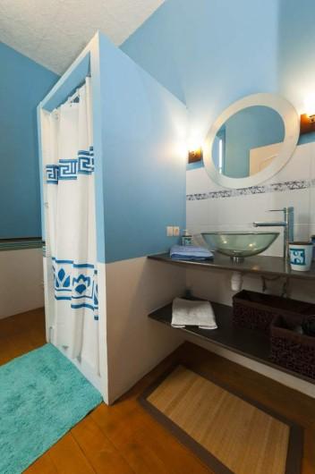 Location de vacances - Chambre d'hôtes à Saint-Yzans-de-Médoc - Chambre Bleuet
