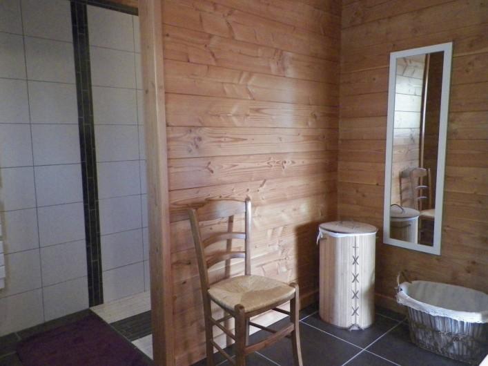 Location de vacances - Chalet à Saint-Jean-Saint-Nicolas - Salle d'eau du rez de chaussée