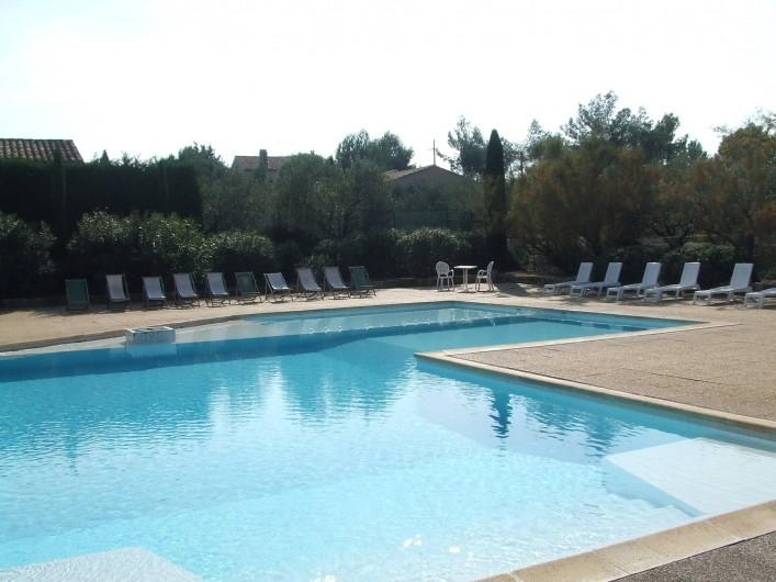 Location de vacances - Villa à Saint-Rémy-de-Provence - Piscine de la résidence