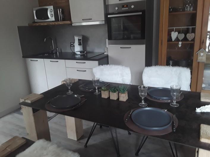 Location de vacances - Appartement à Gérardmer - cuisine équipée
