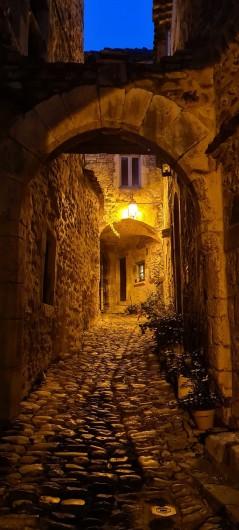 Location de vacances - Appartement à Saint-Montan - Calade bourg castral - Saint Montan