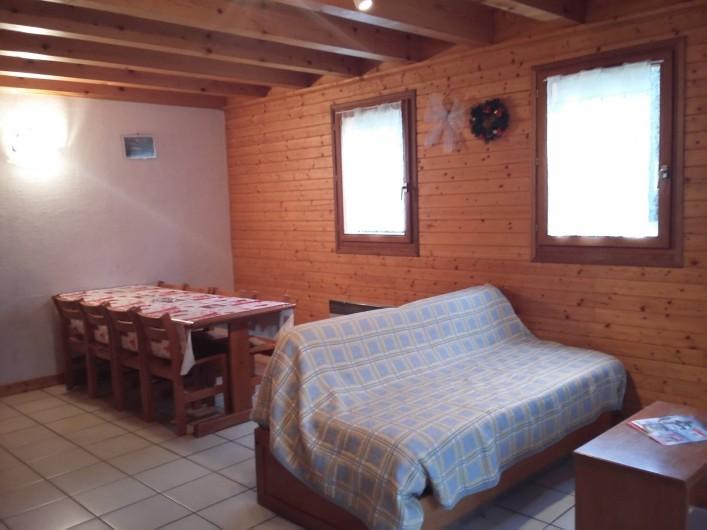 Location de vacances - Chalet à Lescheraines - Salon salle à manger