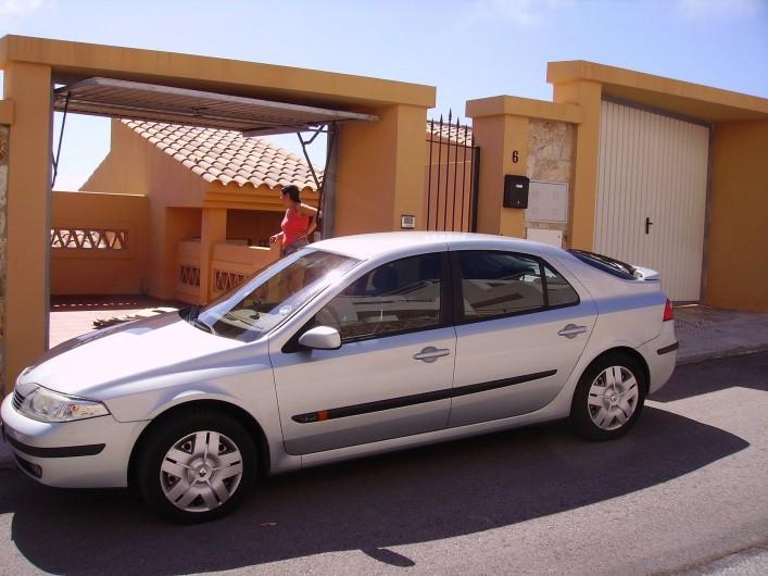 Location de vacances - Maison - Villa à Torrox Costa - 1 place de parking devant la maison et garage privé.