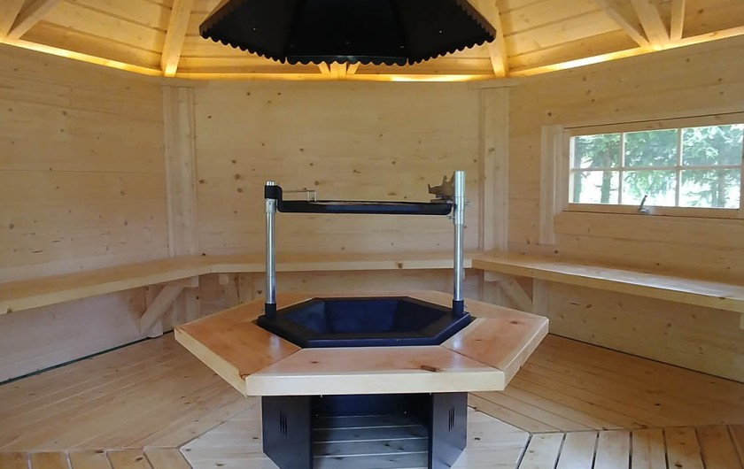 Location de vacances - Chalet à Gérardmer - intérieur KOTA GRILL