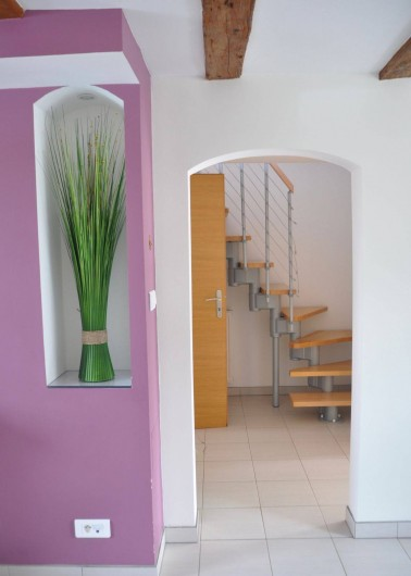 Location de vacances - Gîte à Neuve-Église - Couloir accès chambre 2