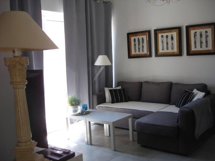 Location de vacances - Appartement à Saint-Cyr-sur-Mer - Séjour