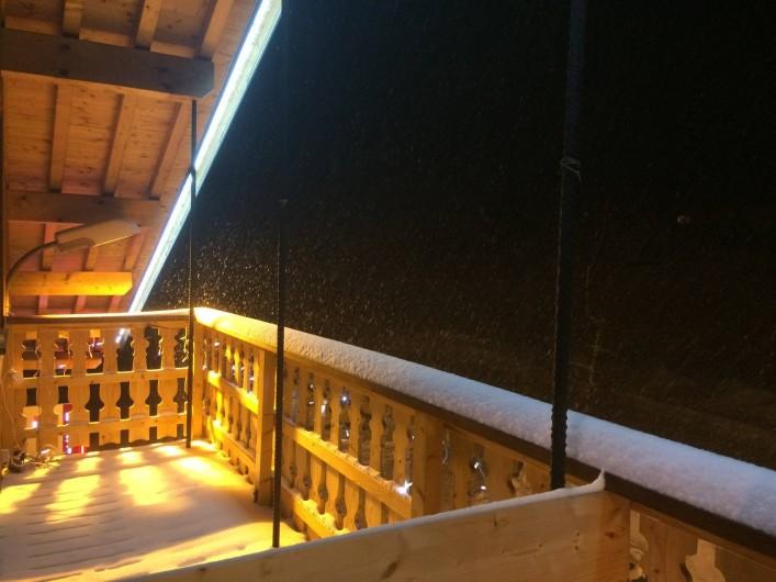 Location de vacances - Chambre d'hôtes à La Féclaz - Balcon