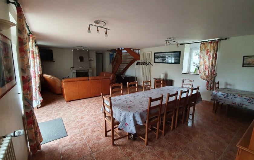 Location de vacances - Gîte à Saint-Gouéno - Salle à manger et salon Living and dining room